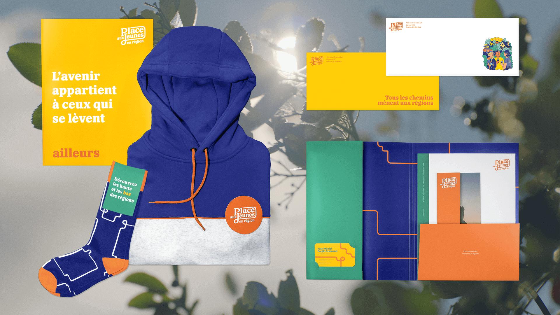 Branding et Campagne publicitaire |Exemples d'objets promotionnels aux couleurs de PAJR | Place aux jeunes en région